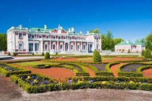 Kadriorg Palace 300x200 TALLINN, ESTONIA: SALOTTO MEDIEVALE SUL BALTICO