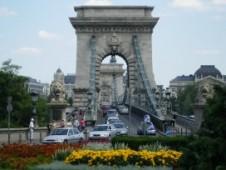 il ponte delle catene 226x170 A SPASSO PER BUDAPEST, TRA DANUBIO E VIA PAL